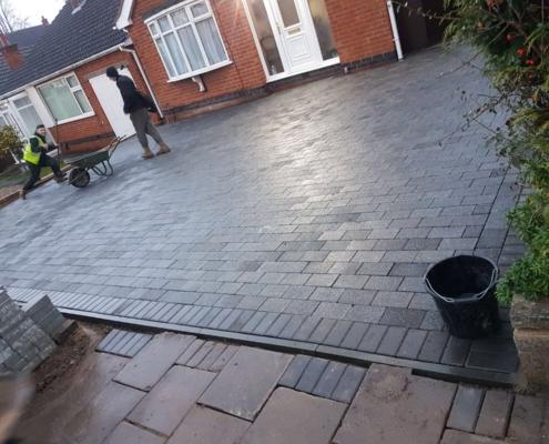 new block pave driveway